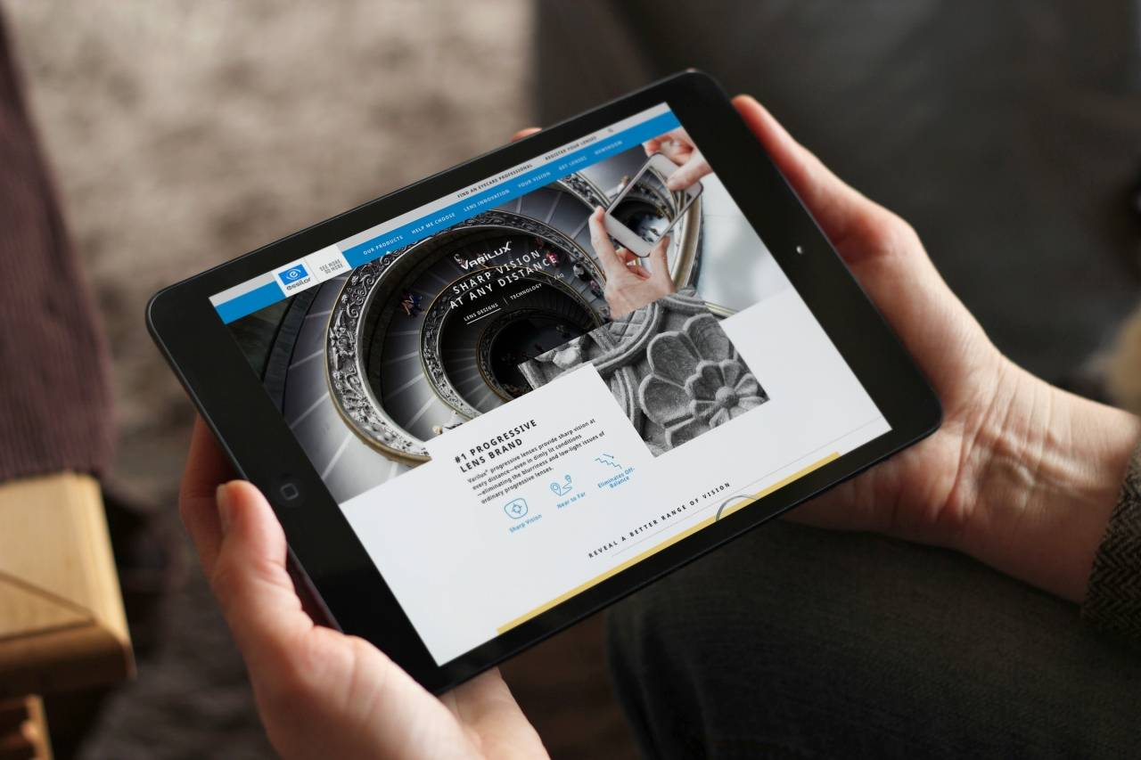 Essilor in the Frame for Delivering Rich Digital Experiences
